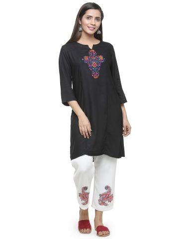 AASTHA EMBROIDERED TUNIC - BLACK
